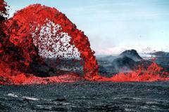 The Beauty of a Volcano (27 Pics)