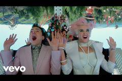 Katy Perry - Chained To The Rhythm (Official Video) ft. Skip Marley